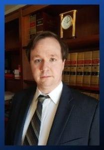 El abogado Chris Hoxie de Clearwater Law Group   Full Service Law Firm que presta servicios en Tri-cities, WA (Kennewick, Richland y Pasco WA)