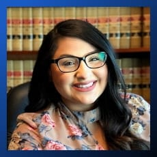 Paralegal Emma Cortez de Clearwater Law Group | Full Service Law Firm que presta servicios en Tri-cities, WA (Kennewick, Richland y Pasco WA)